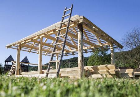 budowa budynku drewnianego